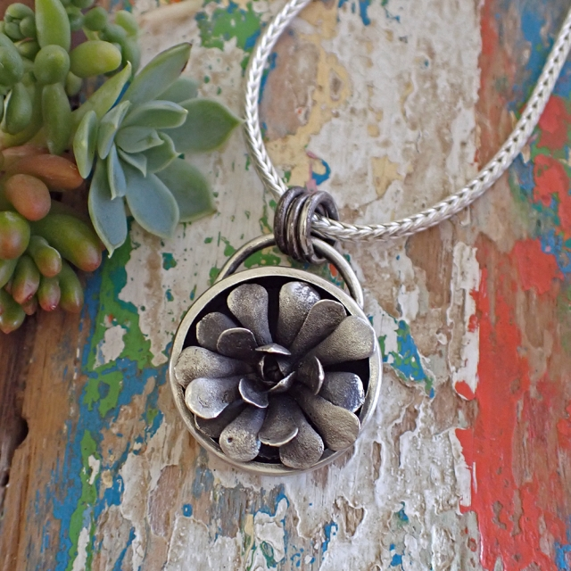 Single Succulent Pot Plant Pendant